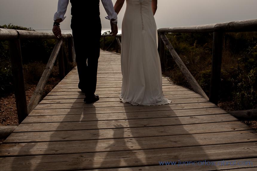 Novios playa boda