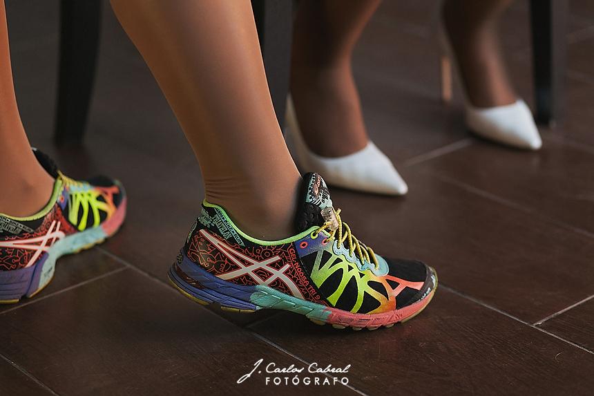 Zapatillas y tacones novia
